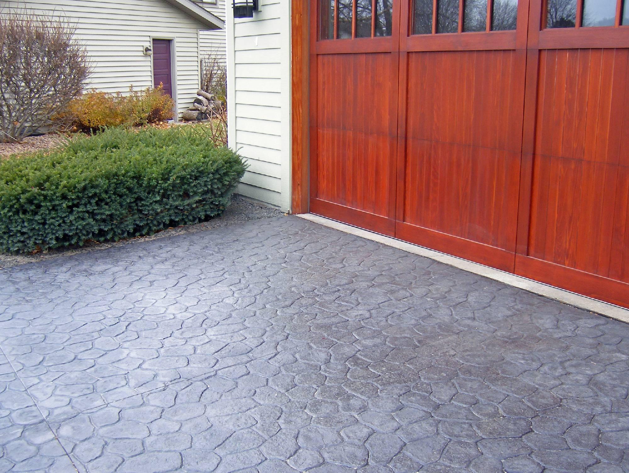 Concrete Driveway Repair & Paving